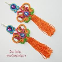 cercei multicolori cu ciucuri portocalii (7)