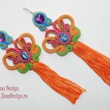cercei multicolori cu ciucuri portocalii (3)